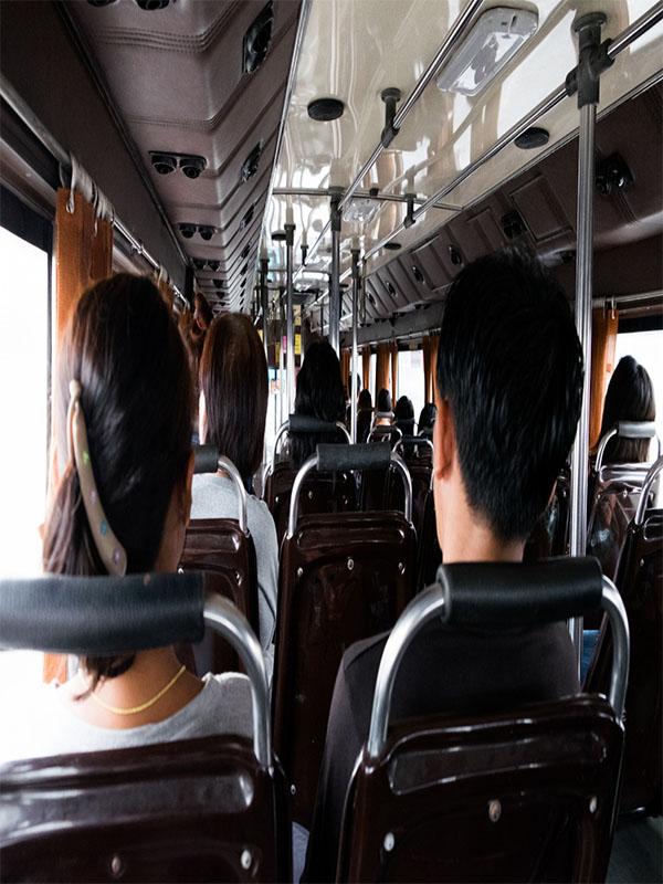Ενοικιάσεις Πούλμαν για μεταφορές Προσωπικού