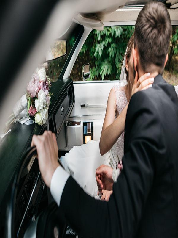 Ενοικιάσεις Πούλμαν για Γάμο και Βάπτιση