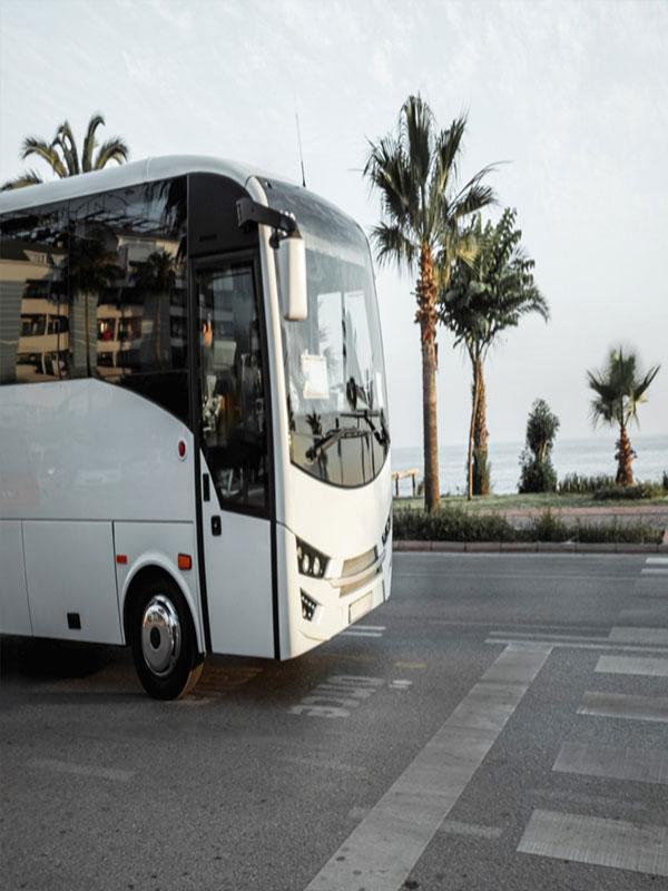 Ενοικιάσεις Πούλμαν για Μεταφορές από / προς ξενοδοχεία